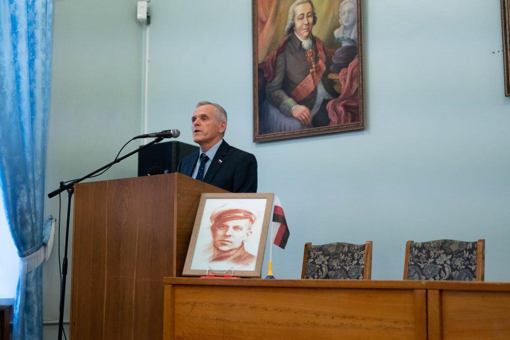 Ерзянський Інязор Сиресь Боляєнь викладає коротку історію ерзянського національного руху
